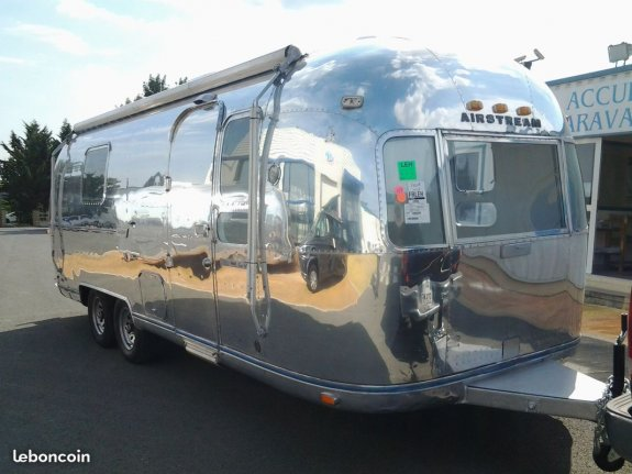 achat caravane / mobil home Airstream 24 Ft SLC 49 SUD - BEAULIEU/LAYON