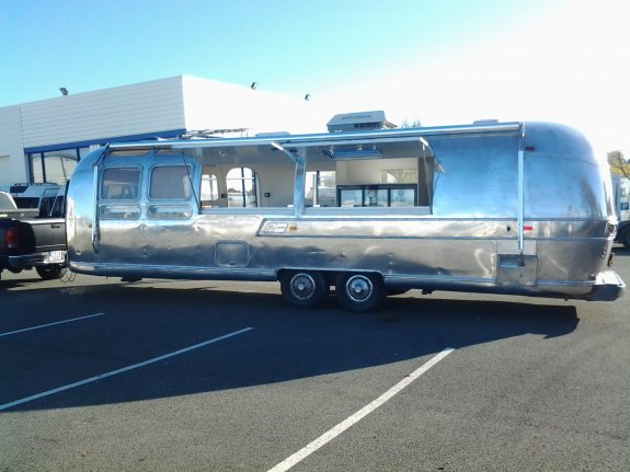 achat caravane / mobil home Airstream 31 Ft Food Truck SLC 49 SUD - BEAULIEU/LAYON
