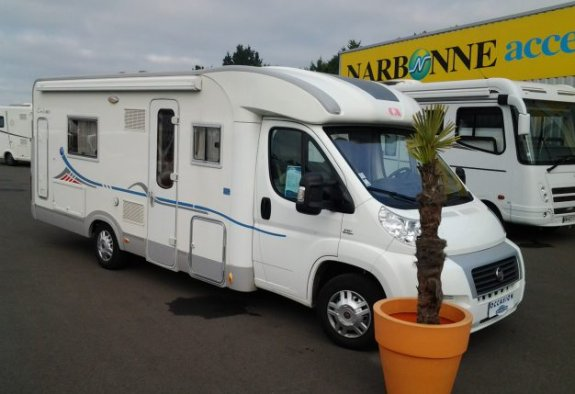 achat  Adria 680 ST CARAVANING CENTRAL ANGERS