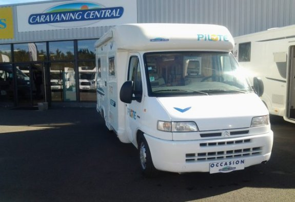 achat  Pilote P 6 CARAVANING CENTRAL ANGERS