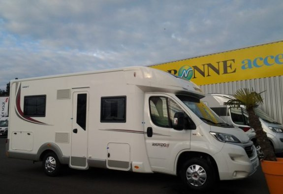achat  Rapido 686 FF CARAVANING CENTRAL ANGERS