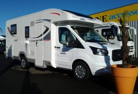 achat  Roller Team Kronos 263 Tl Special Edition CARAVANING CENTRAL ANGERS