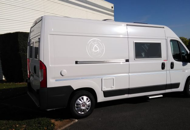 campereve magellan 643 neuf porteur fiat ducato multijet 2 3 130ch camping car vendre en. Black Bedroom Furniture Sets. Home Design Ideas
