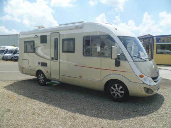 achat  Burstner Aviano I 684 LAURENT CAMPING-CARS