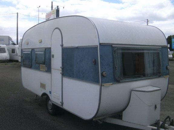 achat caravane / mobil home Adria 450 PITHIOUD