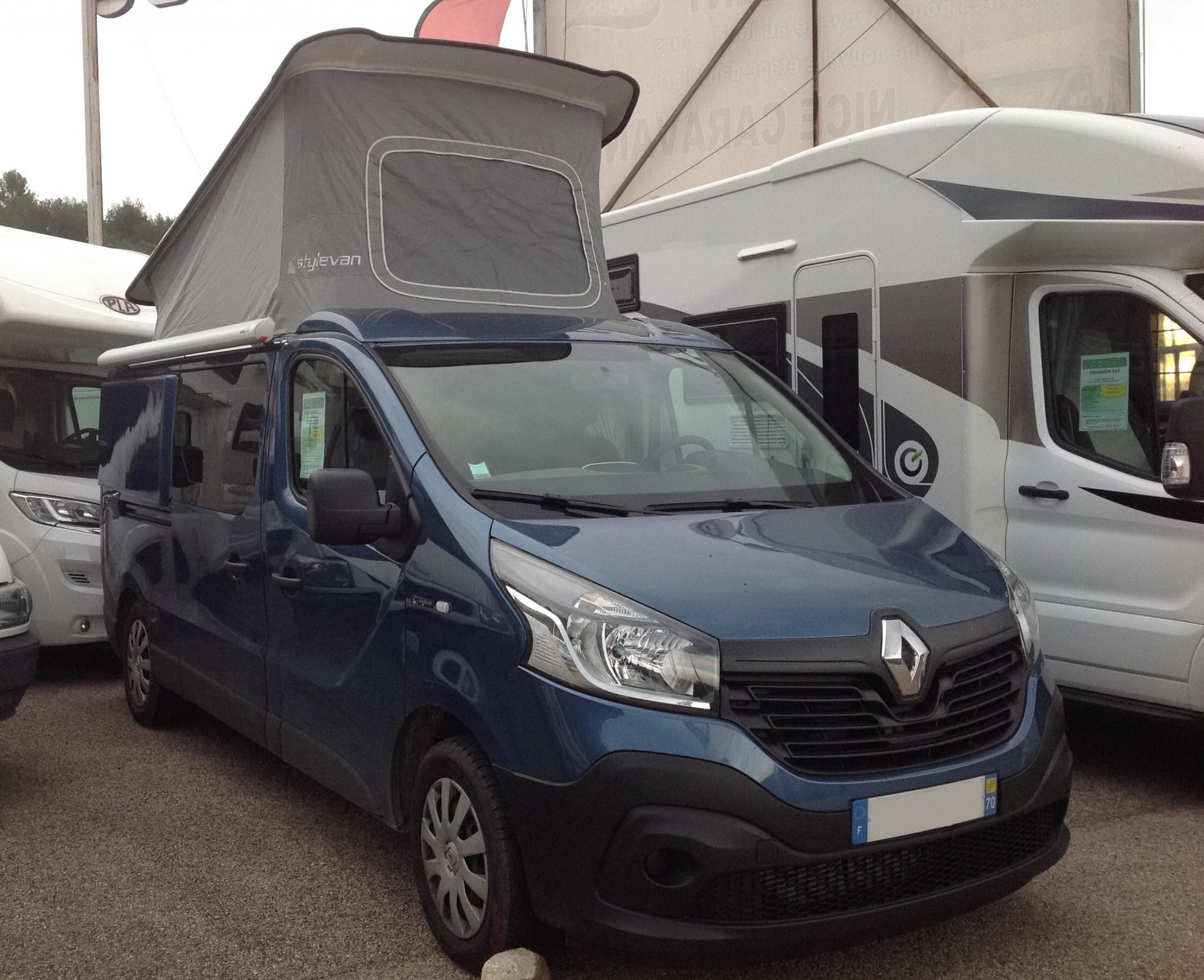 stylevan 4007 occasion porteur renault 125 cv camping car vendre en alpes maritimes 6. Black Bedroom Furniture Sets. Home Design Ideas