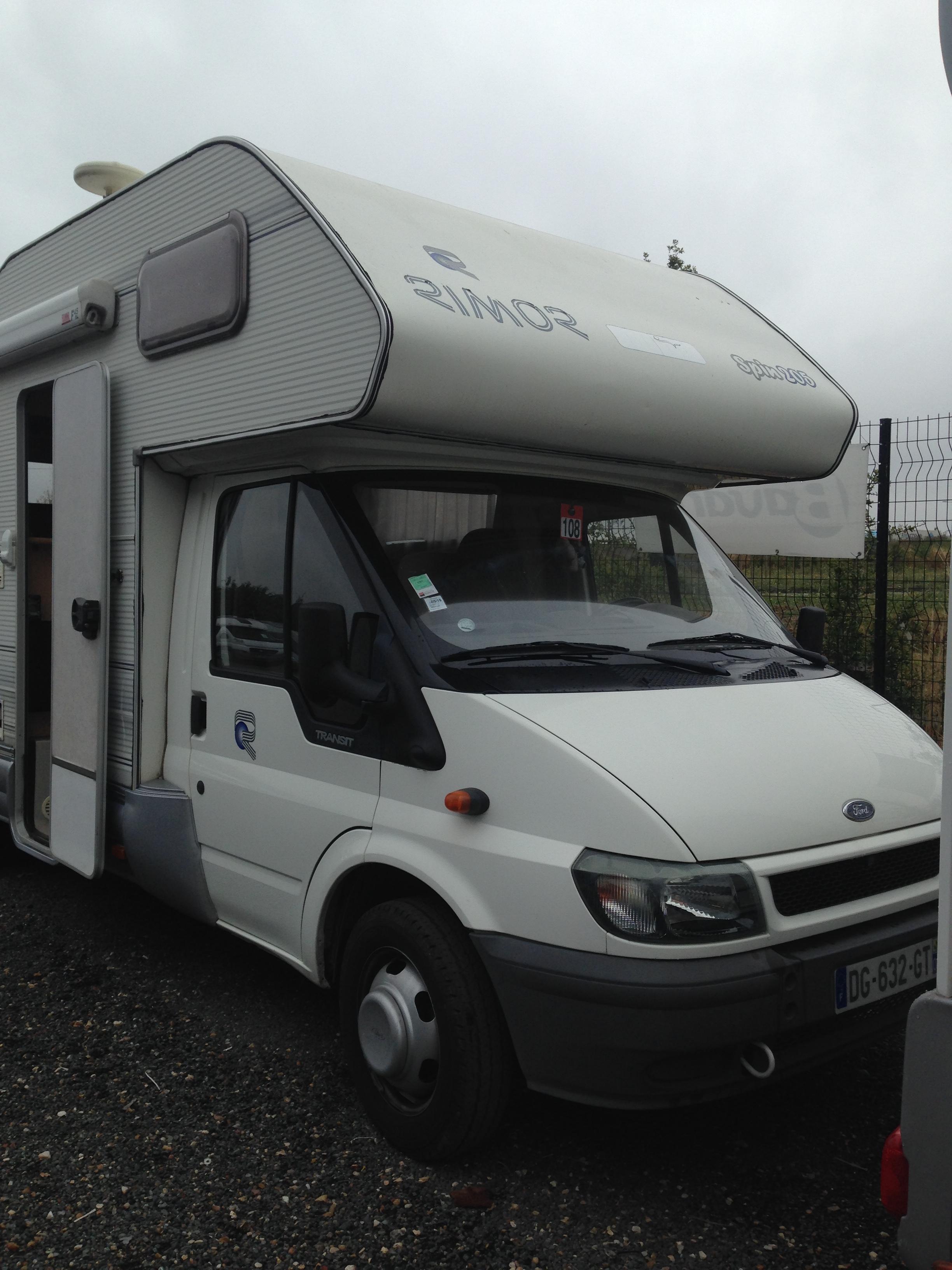 rimor spin 205 occasion porteur ford transit 2 4 tdi camping car vendre en seine et marne 77. Black Bedroom Furniture Sets. Home Design Ideas