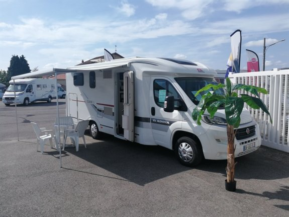 achat  Adria Coral Access 690 Sc MURATET CAMPING CARS 09