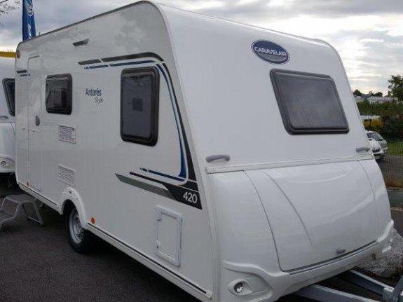 achat caravane / mobil home Caravelair Antares Style 420 YPO CAMP MOBILOISIR