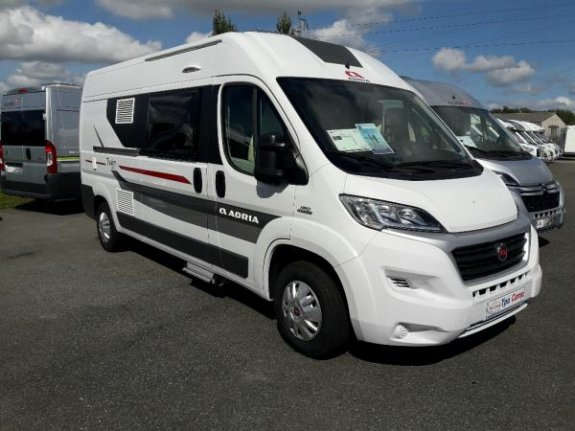 achat  Adria Twin 600 Spt YPO CAMP BEARN LOISIRS