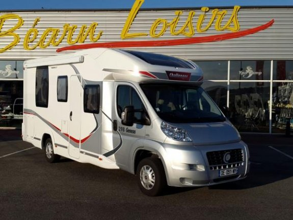 achat  Challenger Genesis 298 YPO CAMP BEARN LOISIRS