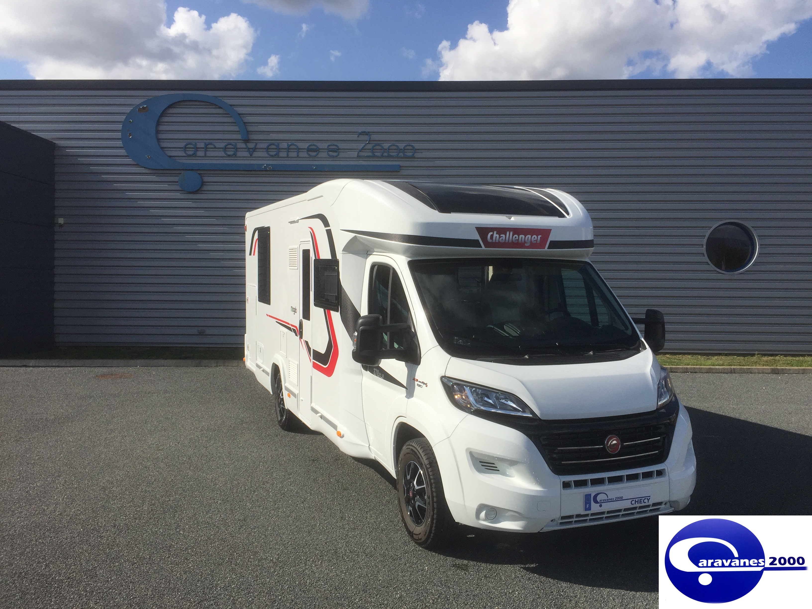 challenger 378 xlb neuf porteur fiat ducato 2 3 jtd 130cv camping car vendre en loiret 45. Black Bedroom Furniture Sets. Home Design Ideas