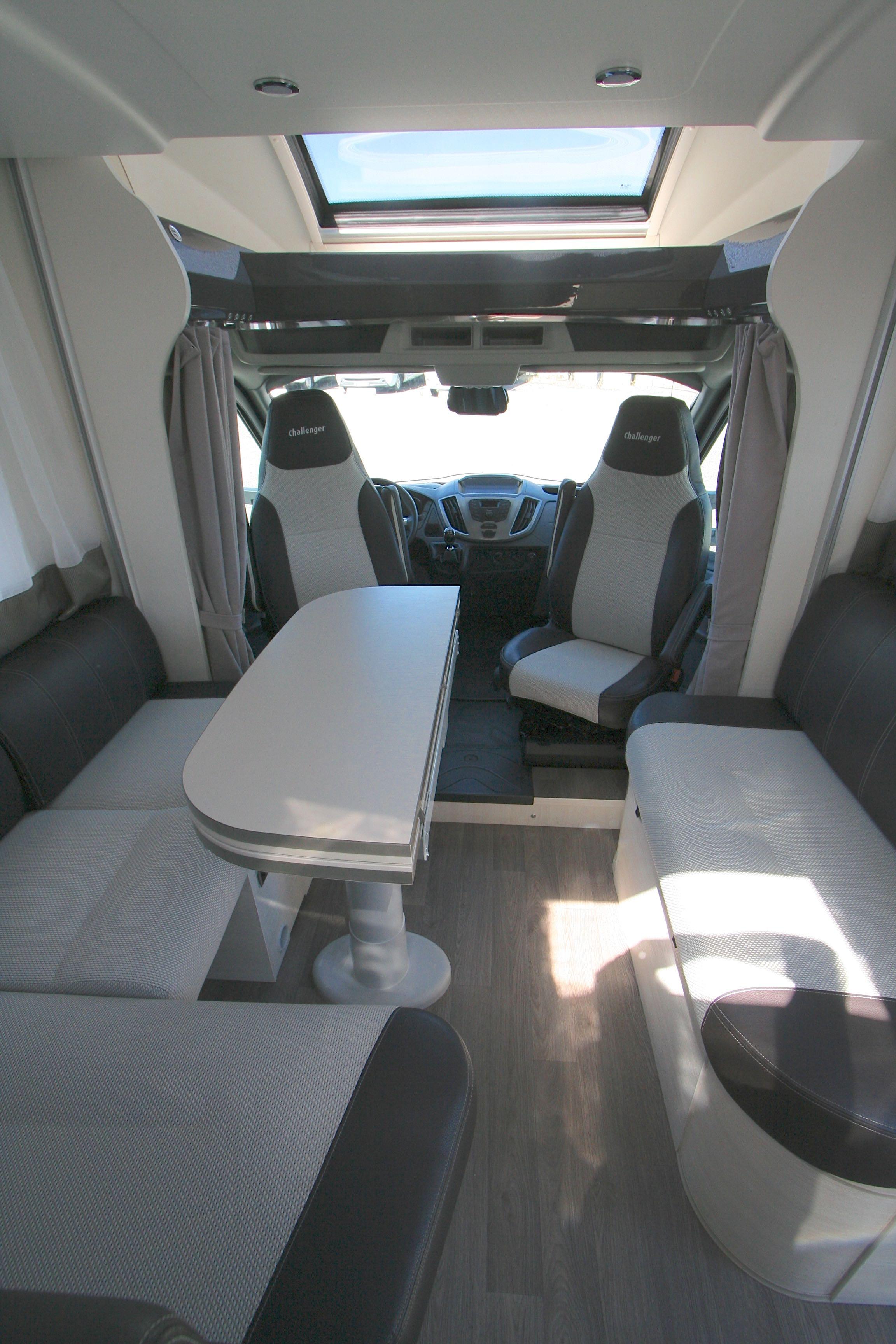 Challenger 290 Quartz - 19