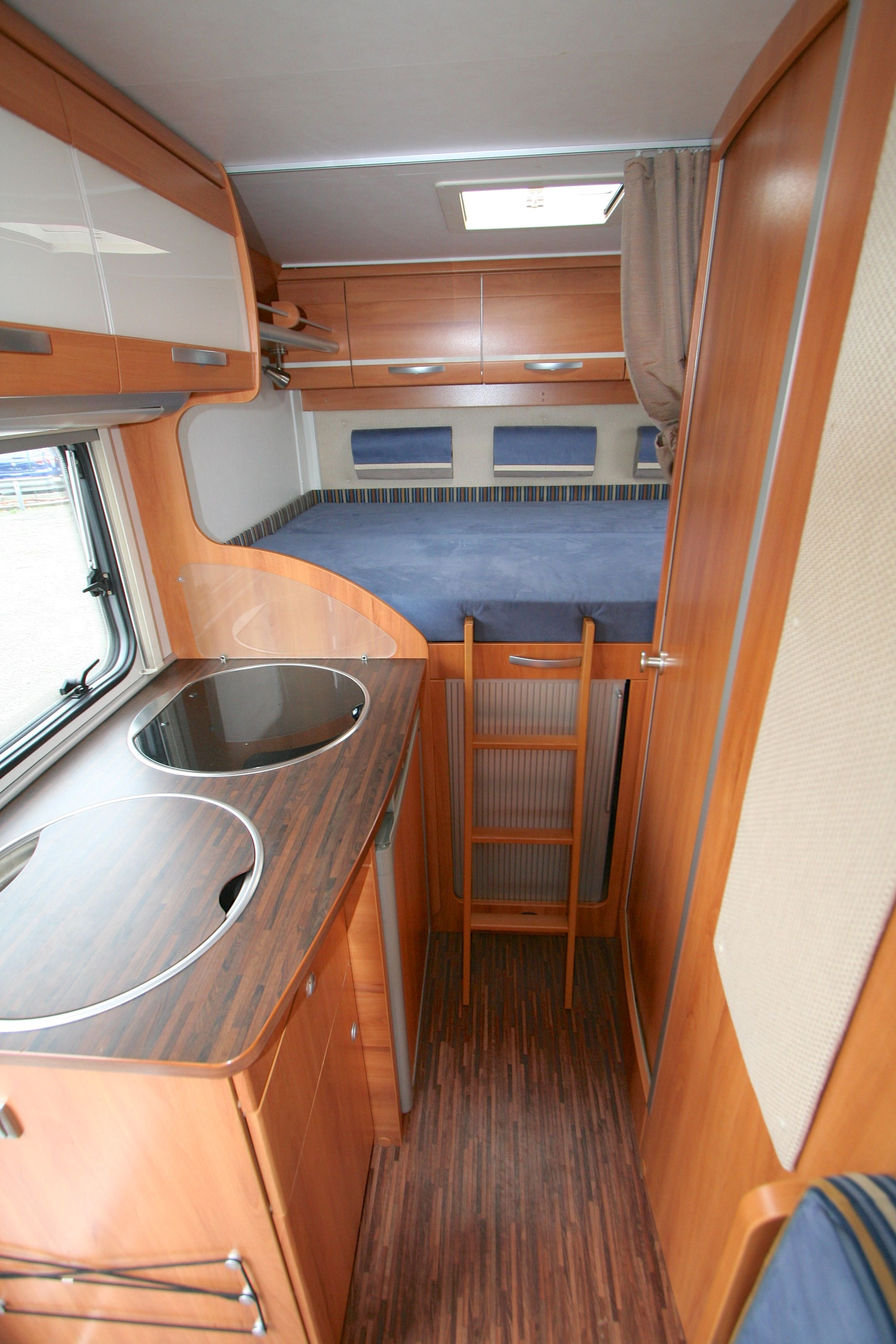 hymer exis i 512 occasion  porteur ford transit 2 2l 140