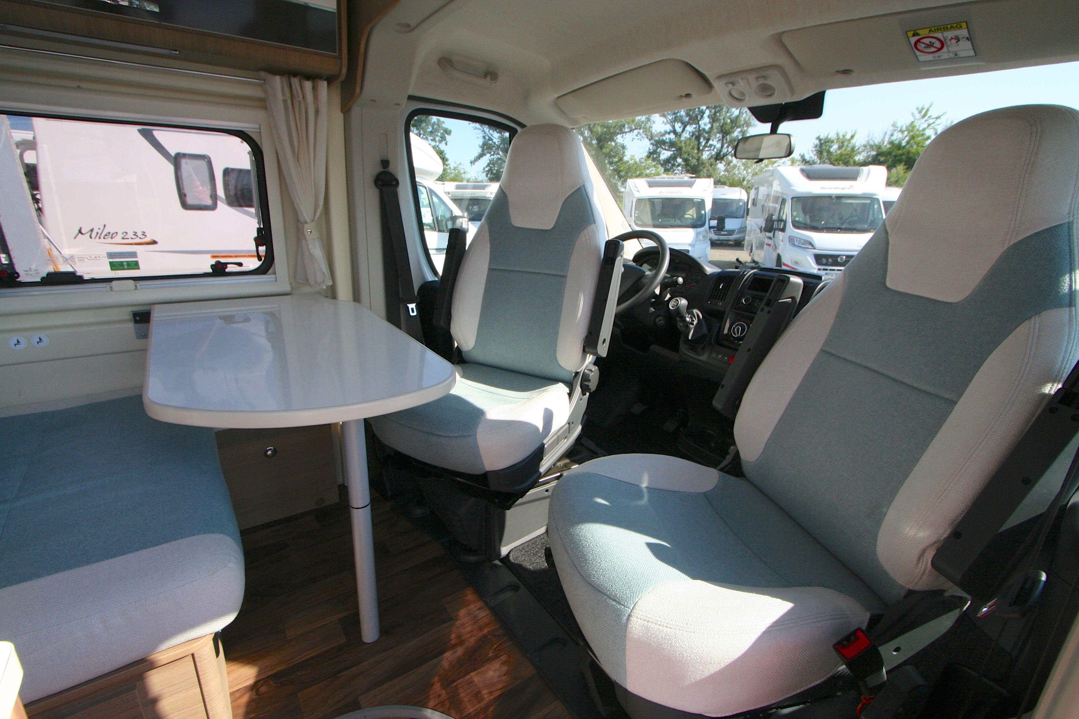 Mc Louis Menfys Van 4 S-line - 15