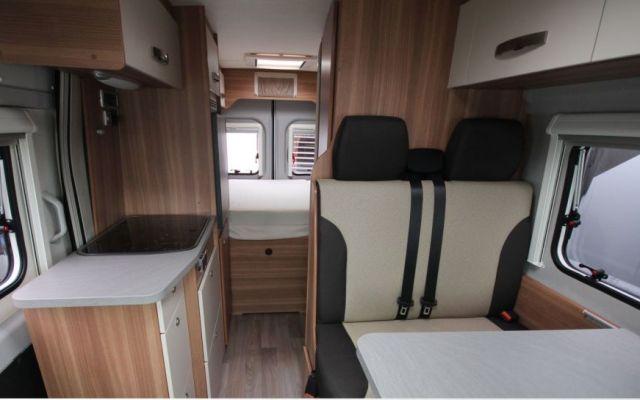 weinsberg carabus 601 mq neuf porteur fiat fiat 2 3 l. Black Bedroom Furniture Sets. Home Design Ideas