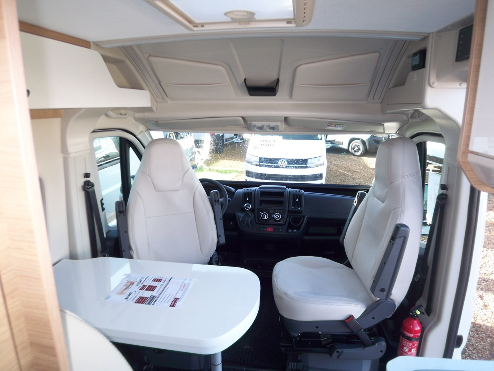 Mc Louis Menfys Van 4 Luxe Edition - 5