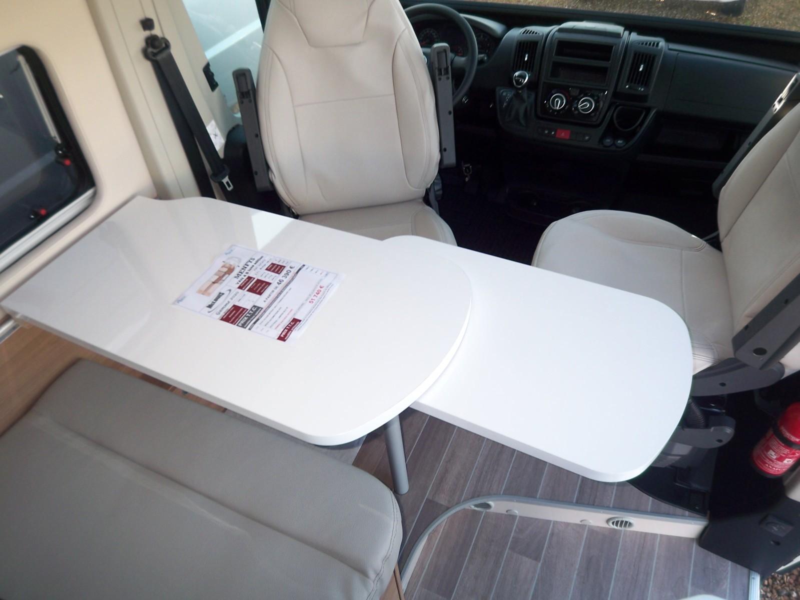 Mc Louis Menfys Van 4 Luxe Edition - 7