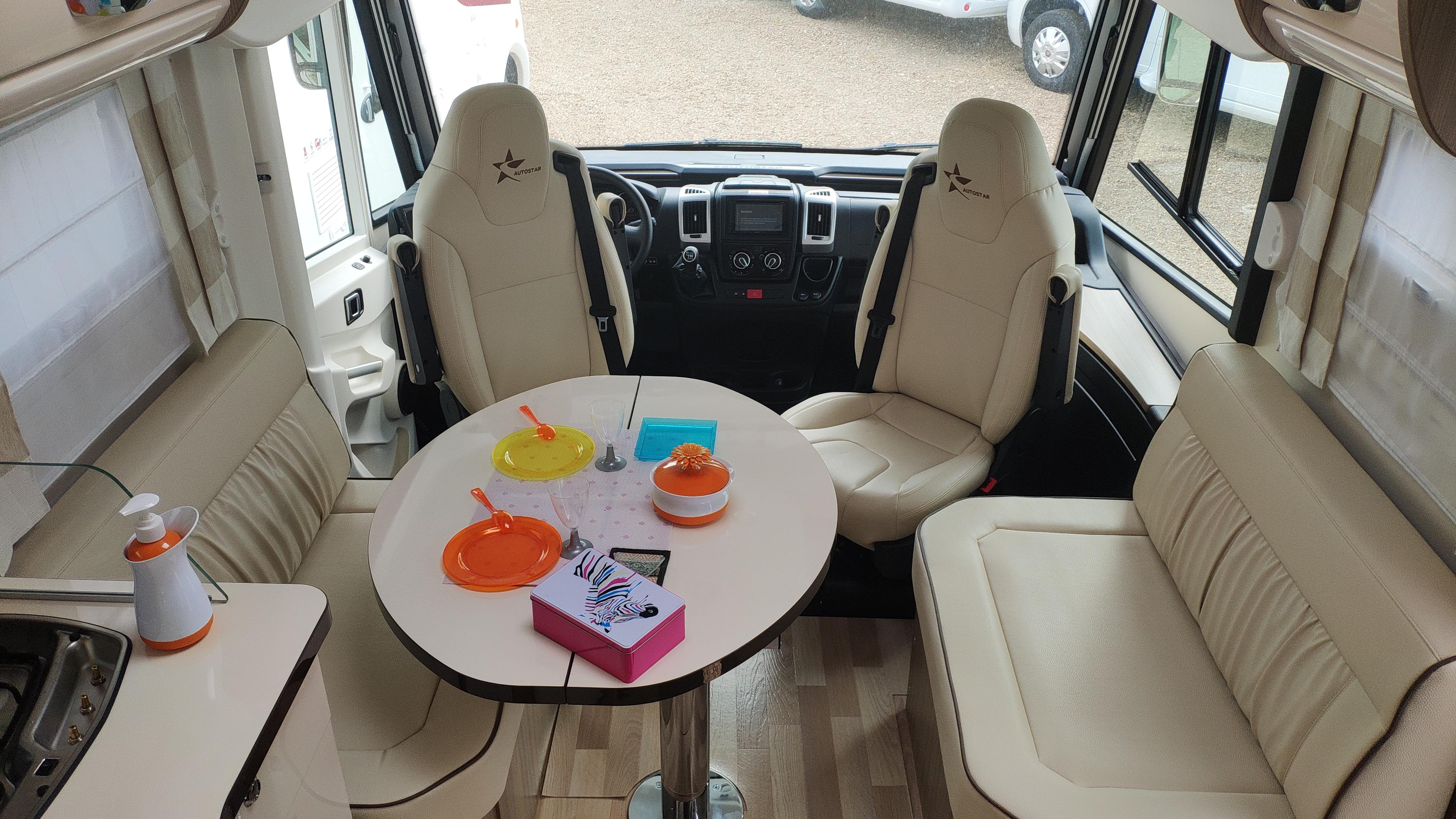 Autostar I730lc Privilege 30 Edition - 2