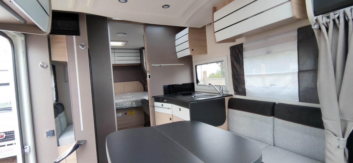 Chausson First Line 648 - 9