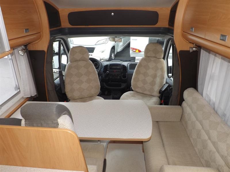 challenger 107 occasion porteur citroen jumper 2 8l td 127ch diesel camping car vendre en puy. Black Bedroom Furniture Sets. Home Design Ideas