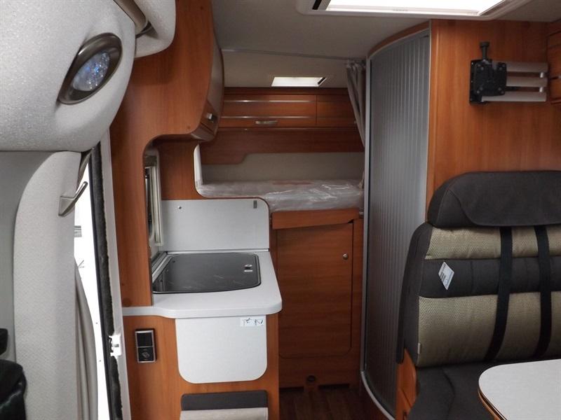 hymer van 314 neuf porteur fiat ducato 2 3l multijet 130ch diesel camping car vendre en puy. Black Bedroom Furniture Sets. Home Design Ideas