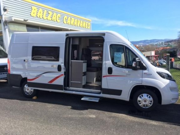 achat escc Challenger Vany 124 YPOCAMP BALZAC CAMPING CARS