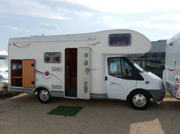 achat escc Challenger Genesis 43 BERRY CAMPING CARS