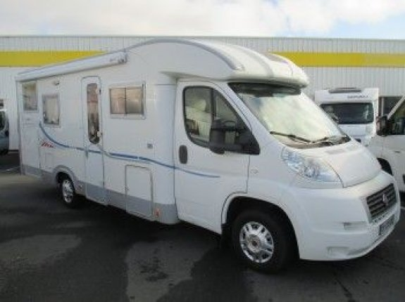 achat  Adria 680 SP Coral CASTRES CAMPING CARS