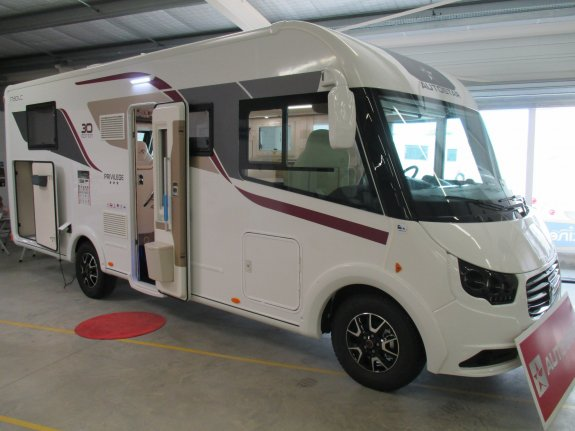 achat  Autostar I 730 LC Privilege CASTRES CAMPING CARS