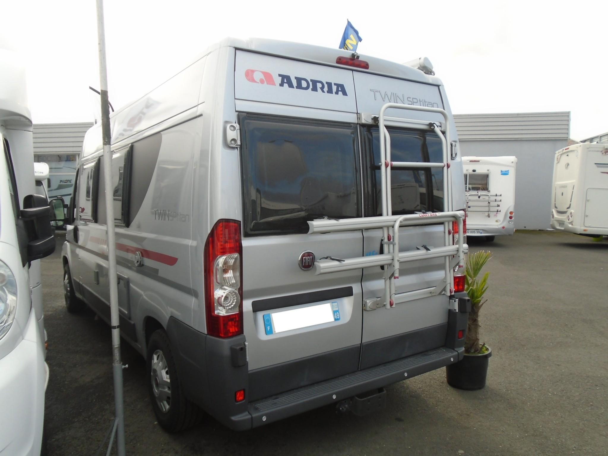 Adria Twin SP Titan - 2