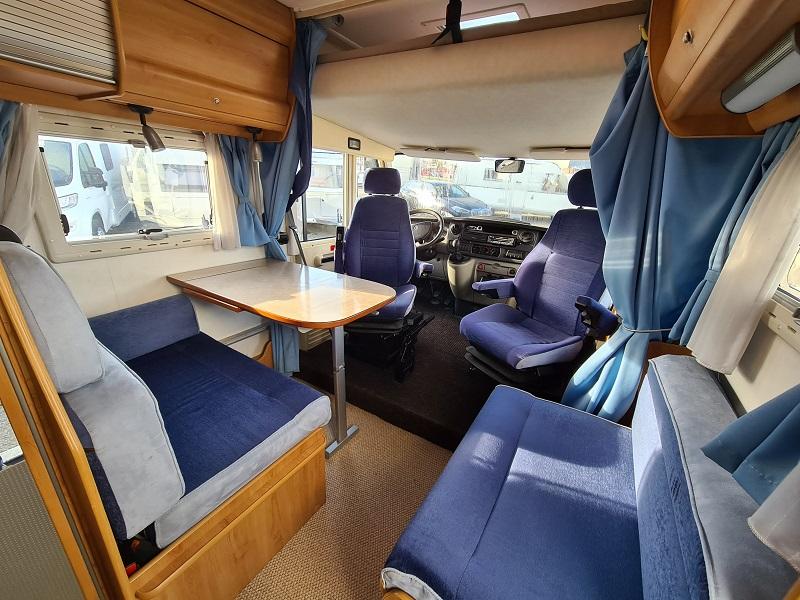 Eriba Jet 646 Blue Line - 5