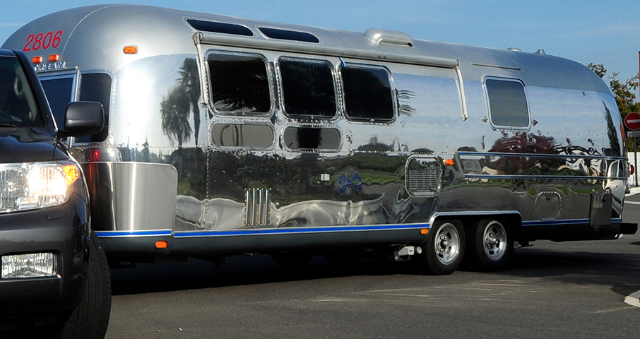 airstream land yacht sovereign 31 occasion caravane. Black Bedroom Furniture Sets. Home Design Ideas