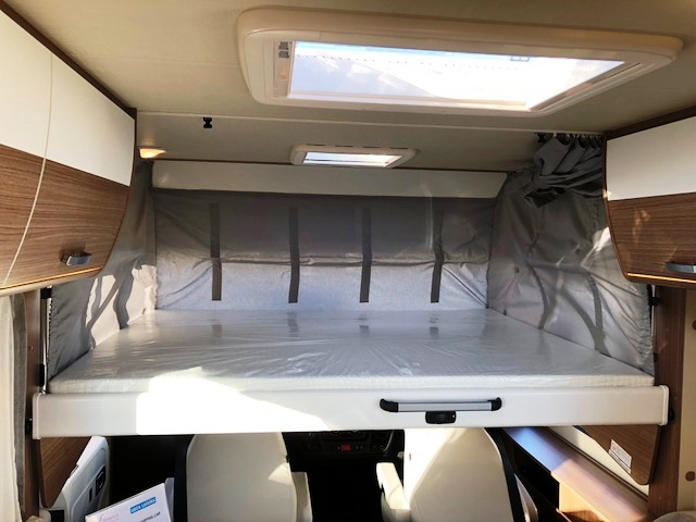 carado i 449 neuf porteur fiat ducato 2 3 mjt 130 cv bv6. Black Bedroom Furniture Sets. Home Design Ideas