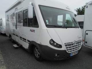 achat escc Pilote Explorateur Diamond Edition G 742  CARAVANES SERVICES 45