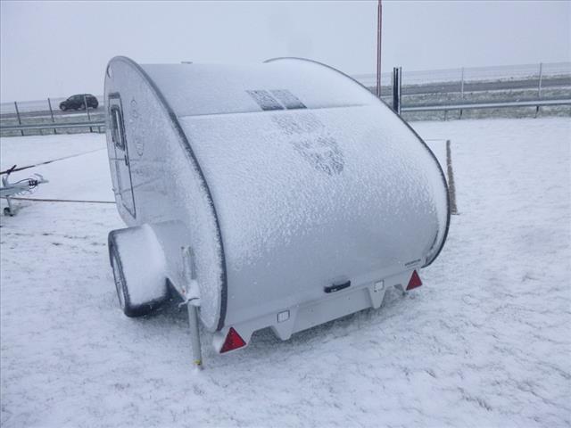 Hero camper traveller neuf caravane vendre en nord 59 for Fenetre capucine
