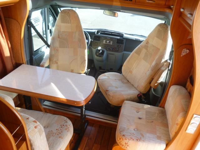 hobby van t 500 gfsc occasion  porteur ford transit 2l2