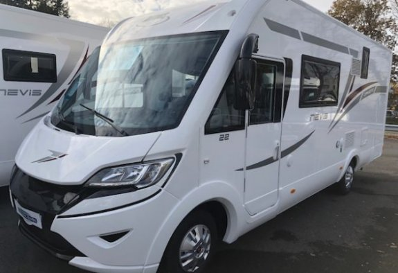 achat  Mc Louis Nevis 22 Diamond CARAVANING CENTRAL NANTES - ATLANTIQUE CAMPING-CAR
