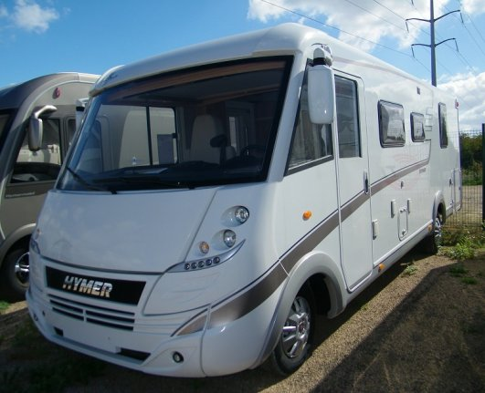 achat  Hymer Classic I 698 ILE DE FRANCE CAMPING CAR