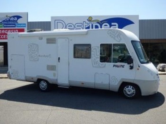 achat  Pilote G 710 Aventura TOULOUSE CAMPING CARS