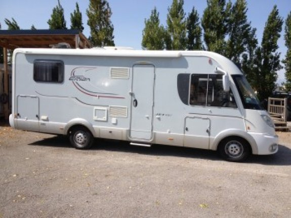 achat  Eriba Jet 697 NARBONNE CAMPING CARS