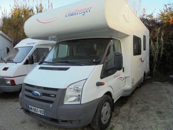 challenger genesis 43 occasion porteur ford 2 2l tdci 140cv camping car vendre en bouches. Black Bedroom Furniture Sets. Home Design Ideas