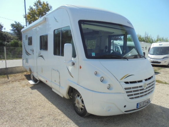 achat  Mooveo I 7 Leg MARSEILLE CAMPING CARS